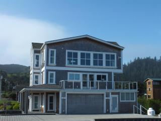 Luxury Ocean View Home, Cape Meares