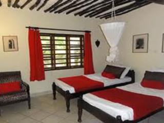 Second floor twin beds bedroom