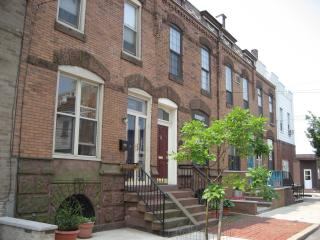 Beautiful Turn of the Century S. Philly Row House, Filadelfia