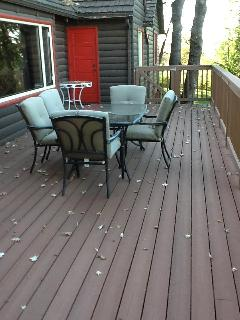 Deck measures 36'x14'; additional 12'x4' space