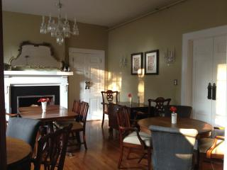 Up to 16 can be accommodated for a gourmet breakfast, luncheon, birthday party, or bridal shower.