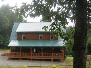 Tranquil Glen of Asheville-20 min drive to AVL