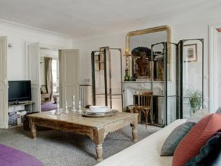 Apartment Palestro II Paris apartment 2nd  arrondissement, flat to rent Paris 2nd arrondissement, 3 bedroom Paris apartment to let