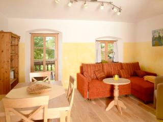 LLAG Luxury Vacation Apartment in Prien am Chiemsee - 1076 sqft, quiet, modern, natural (# 4286)