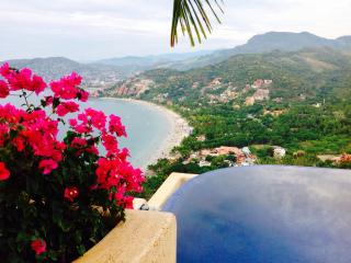 This is your luxury vacation rental!!!, Zihuatanejo