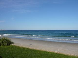Spectacular Luxury Beachfront Boston/Cape 3bd 2bth