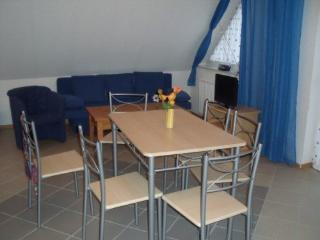 Vacation Apartment in Blankenfelde-Mahlow - 754 sqft, quiet, central, child-friendly (# 4301)