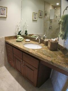 Guest bath w/ granite counter & cherry cabinets