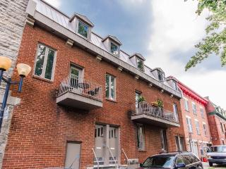 2-Level 1-Bedroom Lux Condo in Montreal Downtown