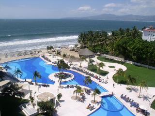 Best value in Vallarta . Dreams Villamagna Condo, Nuevo Vallarta