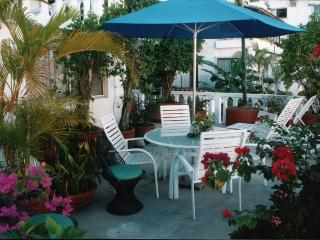 Casa Jasmine - Stunning Los Muertos Beach Paradise, Puerto Vallarta