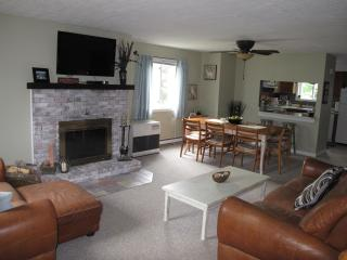 Alpine Village - Best White Mountain Condo Rental!, Woodstock