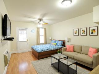 Cozy Hyde Park Guest House in Central Austin