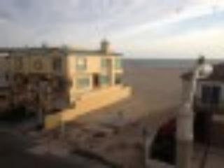 Ventura County Beach Homes at Hollywood Beach, Oxnard