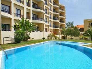 Plaza Apartment Madeira, Canico with Swimming pool