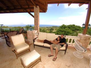 Golden Dolphin Mansion - Breathtaking Ocean View