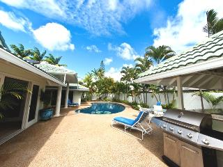 5BR Great Kahala Home,Pool,Tiki Bar,Near Beach