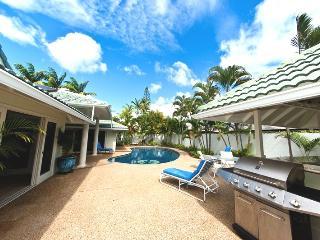 5BR Great Kahala Home,Pool,Tiki Bar,Near Beach