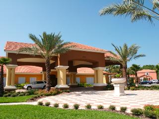 Encantada 4 Bedroom Luxury Pool Villa Home, Granite Wood Floors. Close Clubhouse