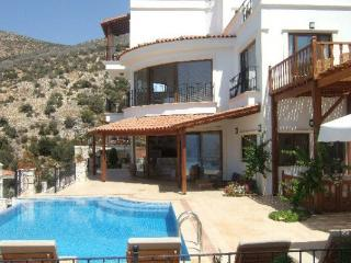 (010HH) Luxury 6 Bed Amazing Villa, Kalkan