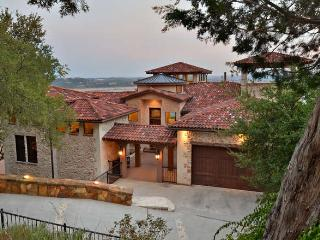 LAKE TRAVIS SPANISH VILLA /INCREDIBLE LAKE VIEWS/S, Austin
