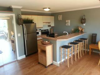 Lake Winnipesaukee Condo Rental- Paugus Bay, Gilford