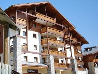 Spacious 4 bed apartment with wonderful views, Morillon