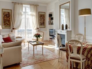 Apartment Vendome vacation holiday apartment rental france, paris, 2nd arrondissement, near vendome, parisian apartment to rent to let, Paris