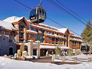 DEAL! 5 STAR MARRIOTT SKI IN/OUT at HEAVENLY RESORT  FULL KITCHEN  HOT TUBS POOL, South Lake Tahoe