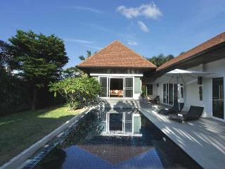 Luxury private pool villa in Rawai / Naiharn, Phuket