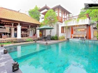 Pool, living room, comon area, balcony of second floor