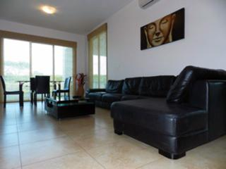 F4-PBB, 2 Bedroom Condo at Playa Blanca Resort., Farallon (Playa Blanca)