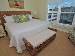 SCG II 409-Renovated and Ready for Beach Adventure, New Smyrna Beach
