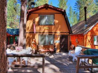 Bearfoot Cabin ~ RA45300, Big Bear Region