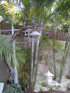 have a shower outside at paradise nest