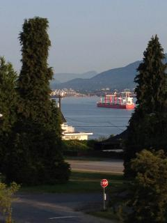 Neighbourhood view (West) looking at Burrard Inlet