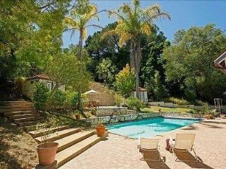 Montecito Sycamore Canyon Estate: Beautiful! Gated Acre! Families! Large POOL!