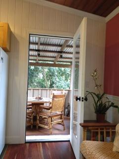 Shack 3 private lanai off main/kitchen
