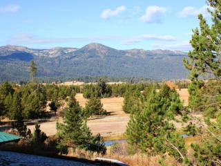 Island Ranch Vacation Retreat:  Solitude Amid Unlimited Recreation, Cascade