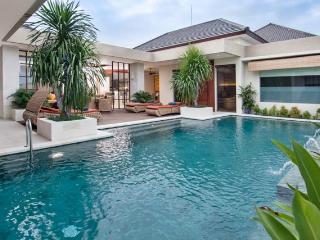 Villa Lisha  Deluxe - Pool villa, Seminyak