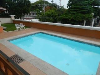 Tukanes 2 BR Apartment, Few meters from the beach, Playa del Carmen