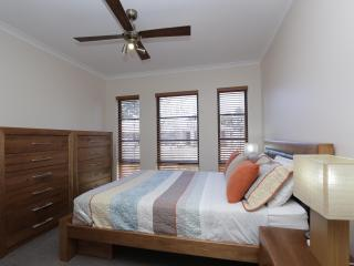 Jarelle House (Air-conditioned & Free Wifi), Perth