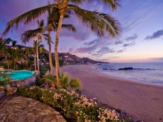 Casa Captiva, Incredible 5 bd beachfront Villa