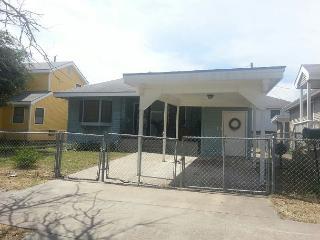 3 Bedroom, 1 Bath, Fenced, Off-Street Parking, Galveston