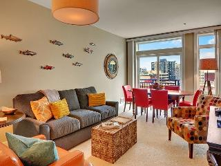 Belltown Court Home Port Deluxe Suite