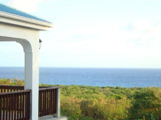 Special rates offered with this large ocean view Villa, Christiansted