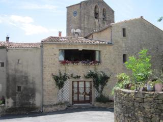 Unique stone barn, close to Limoux, Carcassonne