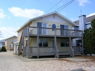 SURF CITY, LBI (LONG BEACH ISLAND, NJ)  7 HOUSES F