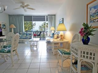 Breathtaking View - #13 Harbour Heights 7MB, Seven Mile Beach