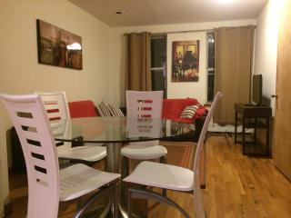 AMAZING 3 BEDROOM APARTMENT, Nova York